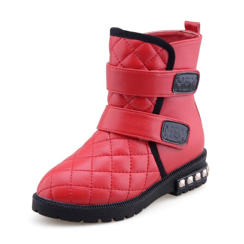 红色冬靴怎么搭配
