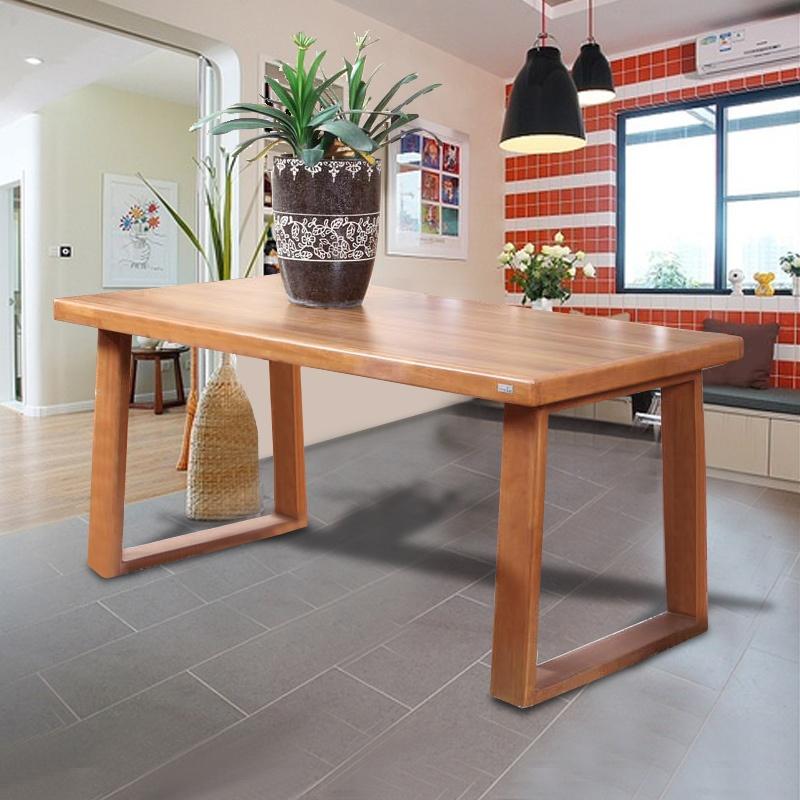 实木长方形餐桌